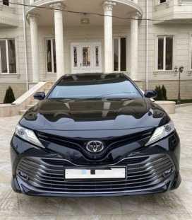 Грозный Toyota Camry 2018