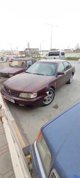 Каспийск Nissan Maxima 1998