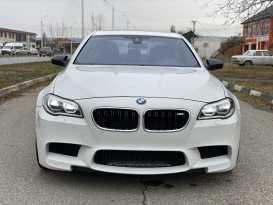 Грозный BMW M5 2014