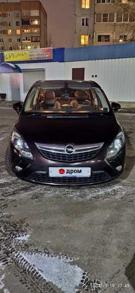 Псков Opel Zafira 2014