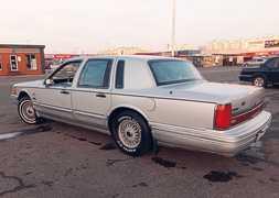Москва Town Car 1991