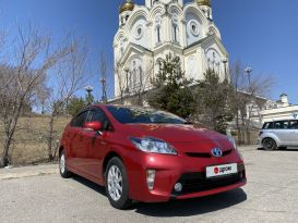 Хабаровск Toyota Prius 2014