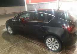 Грозный Opel Astra 2010