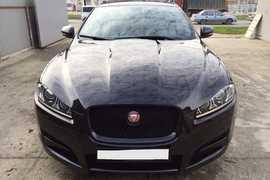 Грозный Jaguar XF 2014