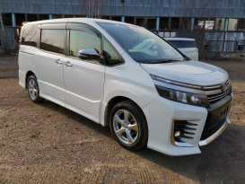 Красноярск Toyota Voxy 2017