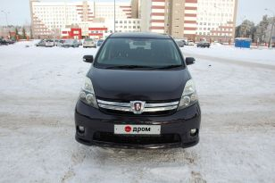 Барнаул Toyota Isis 2011