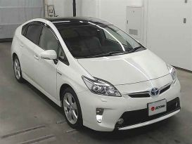 Хабаровск Toyota Prius 2013