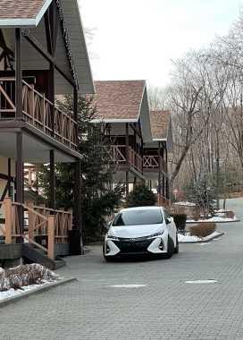 Владивосток Prius PHV 2017