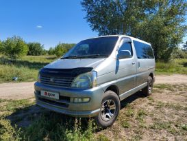Иркутск Toyota Regius 2000