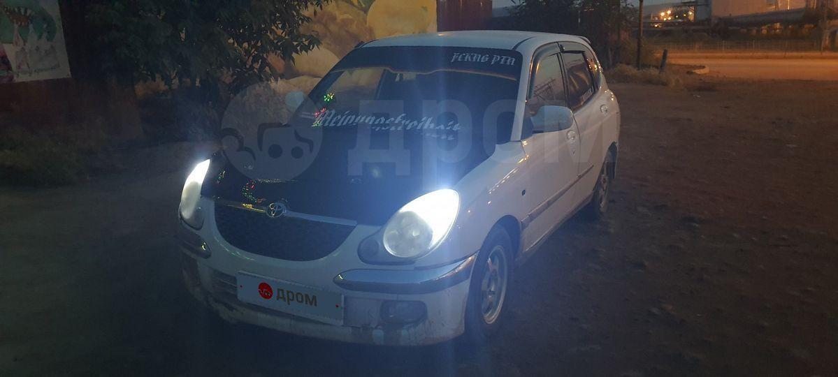 Toyota Duet 1998